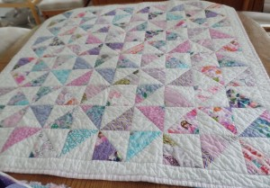 pinwheel baby quilt - Starfishalley
