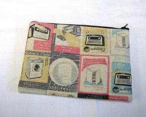 vintage style zip pouch